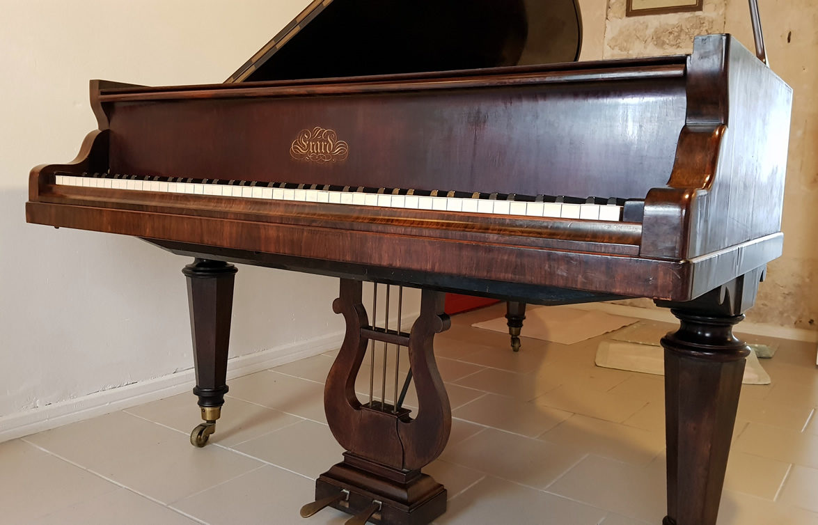 PIANO À QUEUE ERARD 1859