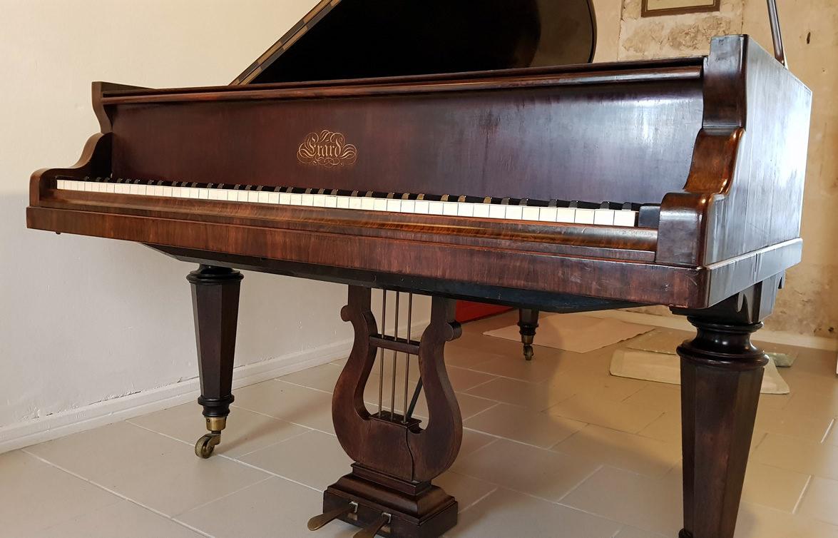 PIANO À QUEUE ERARD 1859