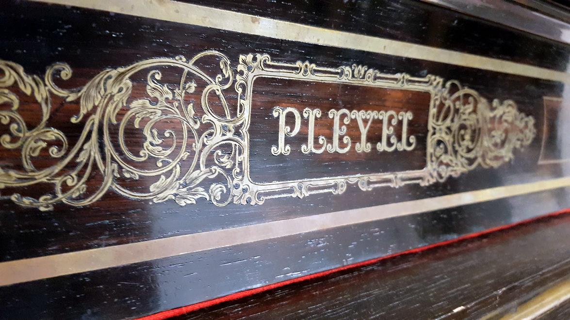 PIANO À QUEUE PLEYEL 1872