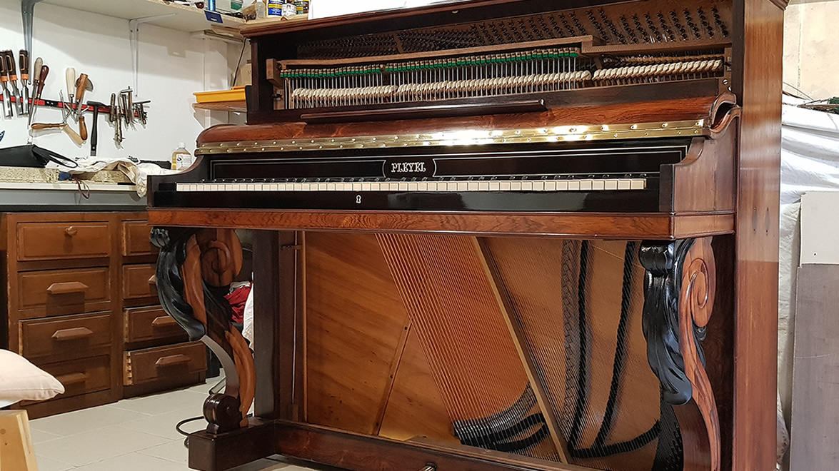 Restauration traditionnelle Piano ancien